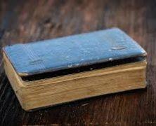 Staré knihy nepatří vždy do kontejneru, využijte raději výkup knih