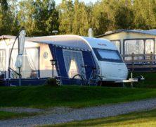 Sluneční střechy, markýzy a předstany ke karavanu